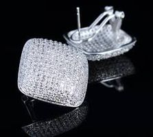 Best Deals on SWAROVSKI 10